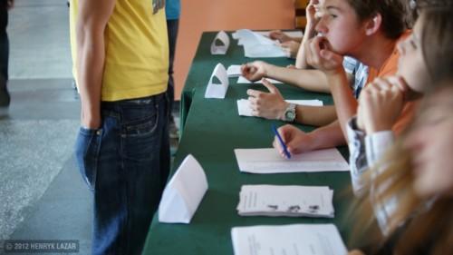 mlodzi glosuja 2012 DSC02018