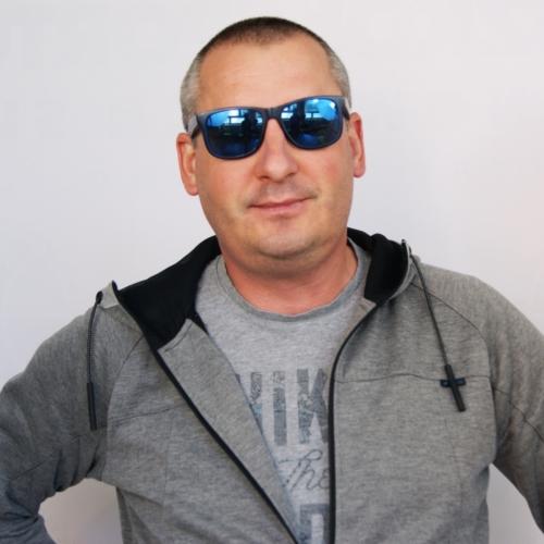 Janusz Komenda</p>trener pływania